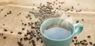 Consumir bebidas a más de 60 grados aumenta riesgo de cáncer de esófago
