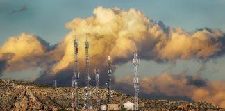 ¿Sabes qué es la contaminación electromagnética y cómo te afecta?