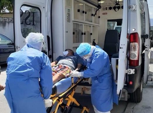 El ISSSTE garantiza máxima seguridad en el traslado de los pacientes con COVID-19