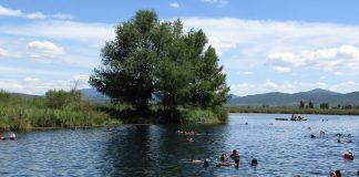 Las amibas están al acecho de los bañistas en todo cuerpo de agua