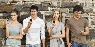 """El Centro de Cultura Digital presenta un """"bot"""" que ayuda a la desintoxicación digital"""