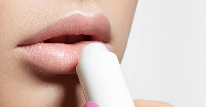 Combate la resequedad de los labios y recupera su suavidad