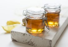 ¡Tu abuelita tenía razón! La miel tiene mejores resultados que los medicamentos convencionales para curar tos y resfriados