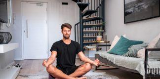 Para prevenir problemas de salud mental por el confinamiento, sugieren hacer ejercicios de respiración, relajación o actividad física