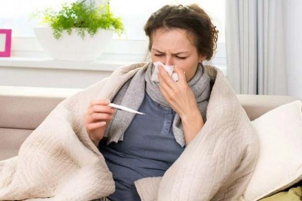 Expertos aseguran que puedes tener Covid-19 y gripe al mismo tiempo