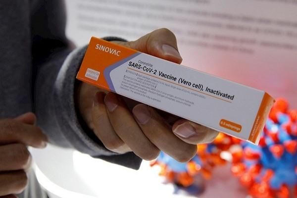 Vacuna contra Covid-19 de China será aplicada en noviembre, afirman
