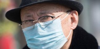 Mayores de 50 años tienen más riesgo de morir por Covid-19, según estadísticas