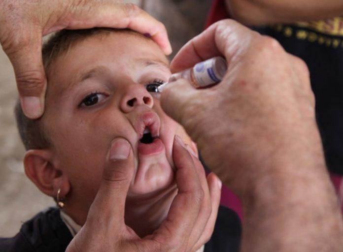 La OMS y UNICEF piden actuar ya, para prevenir epidemias de polio y sarampión