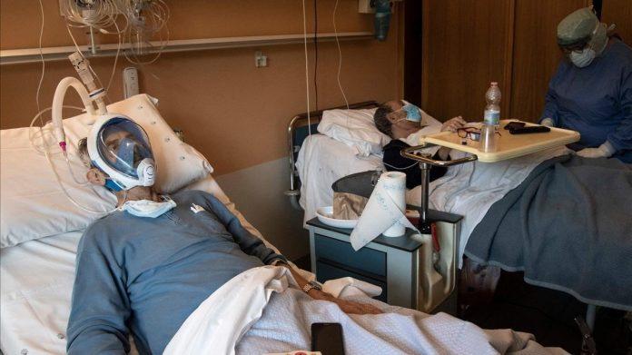 Pacientes con Covid-19 infectan a la mitad de su familia, según estudio