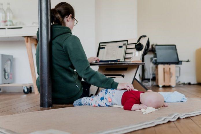 Trabajadores comienzan a padecer afectaciones del home office