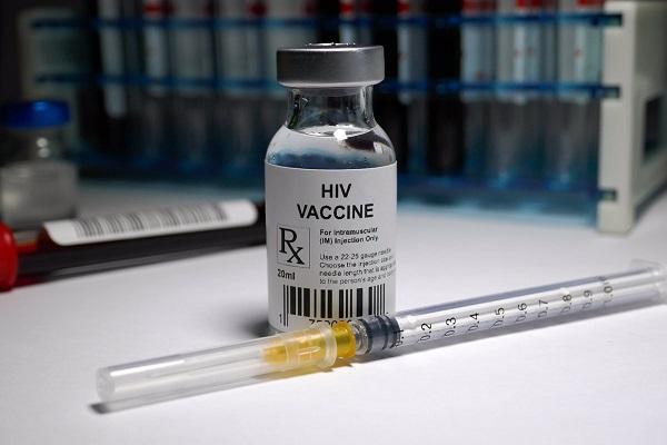 Posible vacuna contra VHI comienza fase final de ensayos