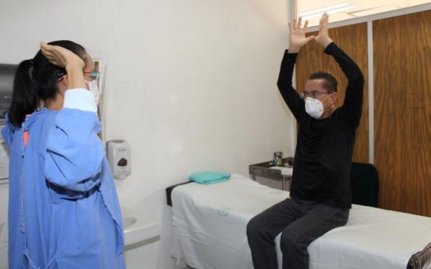 Paciente recuperado de COVID-19 y Síndrome de Guillain–Barré asociado a la infección es rehabilitado en el IMSS