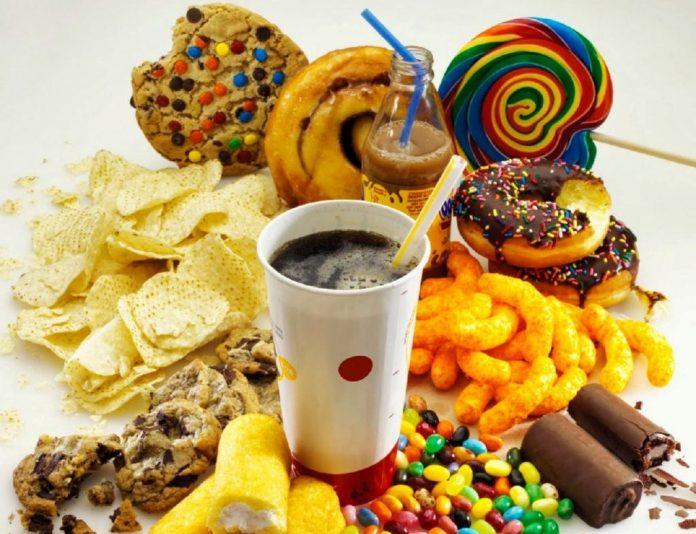 Piden que la Secretaria de Salud promueva evitar el consumo de alimentos con azúcares añadidos