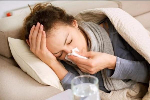 Estudio sugiere que el resfriado común puede prevenir contagio de Covid-19