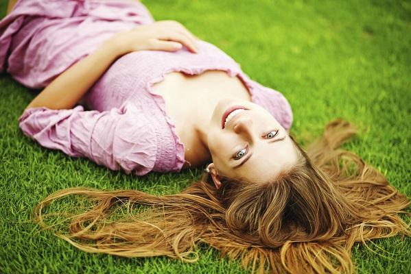 Tu cabello cambia con cada estación. Considera estos tips para mantenerlo sano