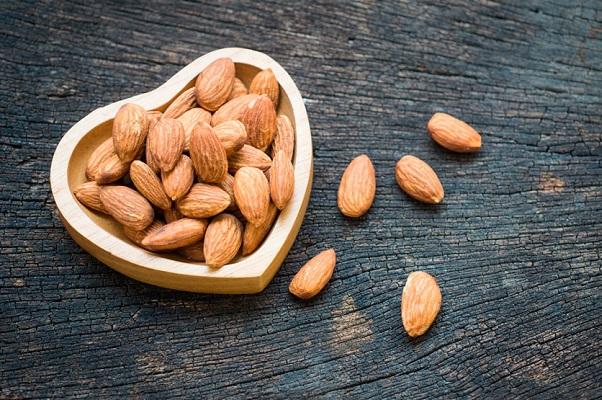 Estudio encuentran que las almendras reducen el colesterol