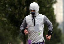 Nuevo estudio alerta riesgos de correr con cubrebocas