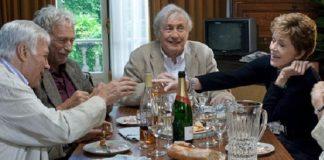 Una vida social activa ayuda los adultos mayores a mejorar la calidad de vida