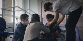 Crean el primer exoesqueleto pediátrico para niños con parálisis