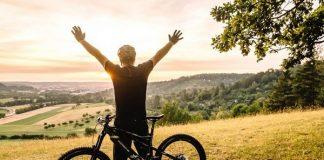 Beneficios de andar en bicicleta, de acuerdo con expertos de Harvard