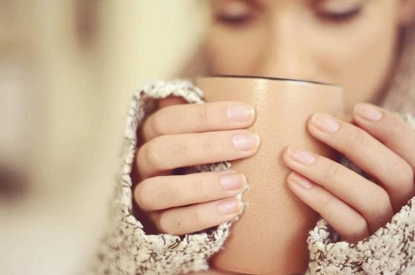 Tomar café por la mañana podría no ayudar a despertarte