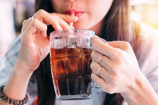 El azúcar podría afectar más al hígado que el alcohol