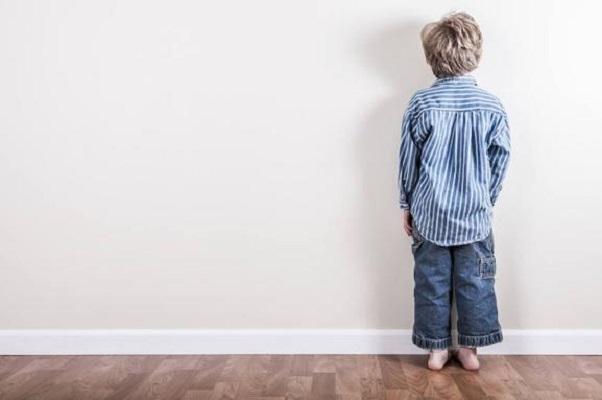 Castigos físicos no ayudan a corregir comportamientos en niños