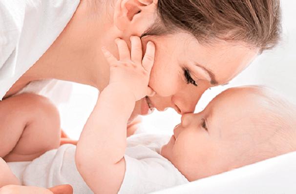 La lactancia materna previene la obesidad, apunta el IMSS