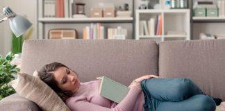 Tomar una siesta no reemplaza una noche de sueño, alerta estudio