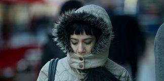 La ciencia explica el porqué las mujeres suelen sentir más el frío